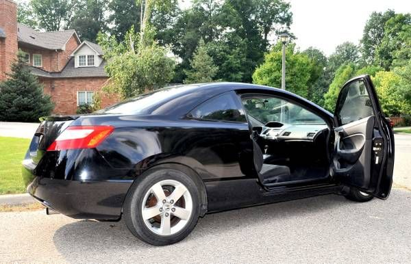 2007 Honda Civic LX Coupe - Excellent Condition, Great on gas for sale in Toronto, Ontario  http://cacarlist.com/honda/2007-honda-civic-lx-coupe-excellent-condition-great-on-gas_11402-11313.html