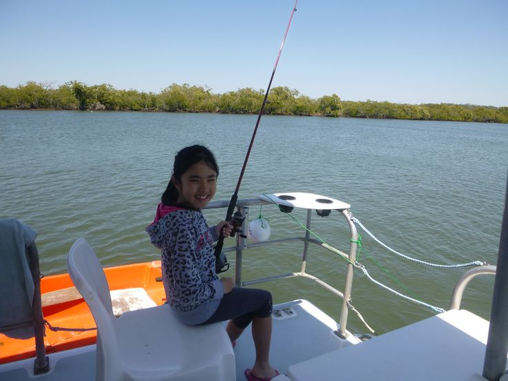 Fishing, fishing and more fishing! It's great to see so many kids fishing and enjoying the wonderful Gold Coast Broadwater. #fishing #family #school #holidays #houseboathire #rental #spring #Broadwater #GoldCoast #Australia