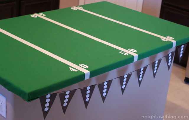 Looking for a fun way to dress up the counter for your next Super Bowl party? Here ya go