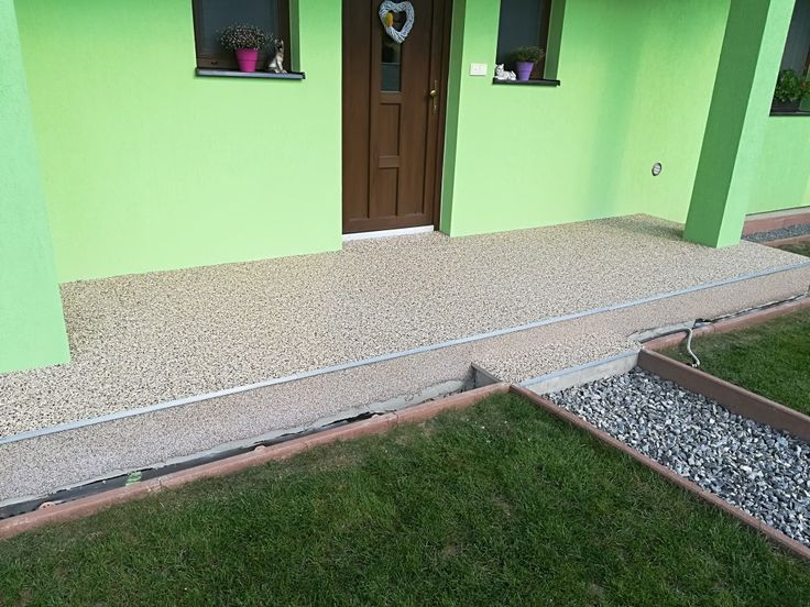 Terasa - kamenný koberec farebný odtieň M/CD3. #art4you #artpodlahy #kamennýkoberec