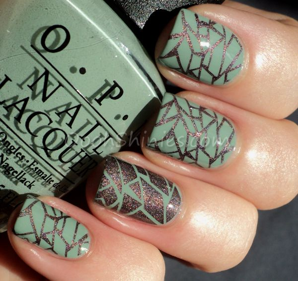 OPI Thanks A Windmillion with A England Sleeping Palace and Bundle Monster plate 208