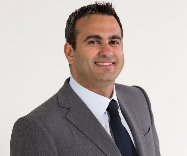 Alain H. Romanos Assistant Professor at the postdoctoral program of Periodontology at the Lebanese University Assistant Professor at the University of Alabama Member of the Lebanese Dental Association, the American Academy of Periodontics and the Lebanese Periodontal Society