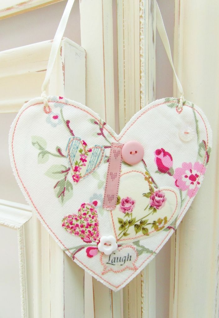 262 best images about fabric hearts on pinterest felt - Telas shabby chic ...