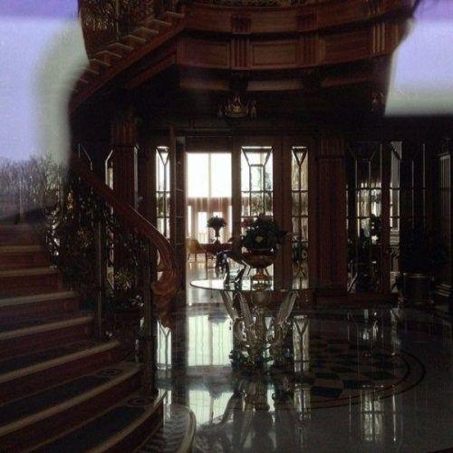 A look inside the recently vacated luxury home of Ukrainian president Viktor Yanukovych