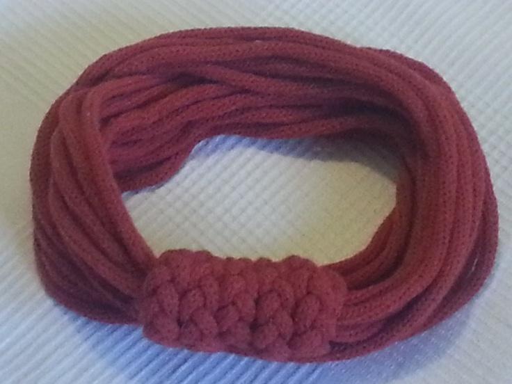 Collana in lana