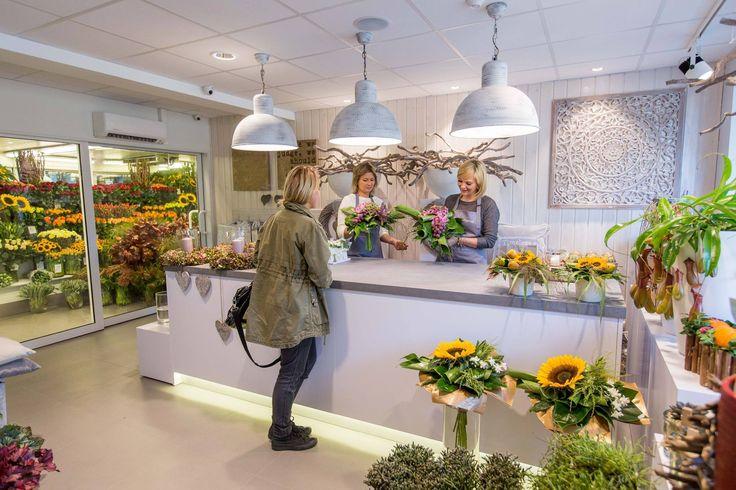 Kwiaciarnia Emi florist shop — in Reda, Poland.