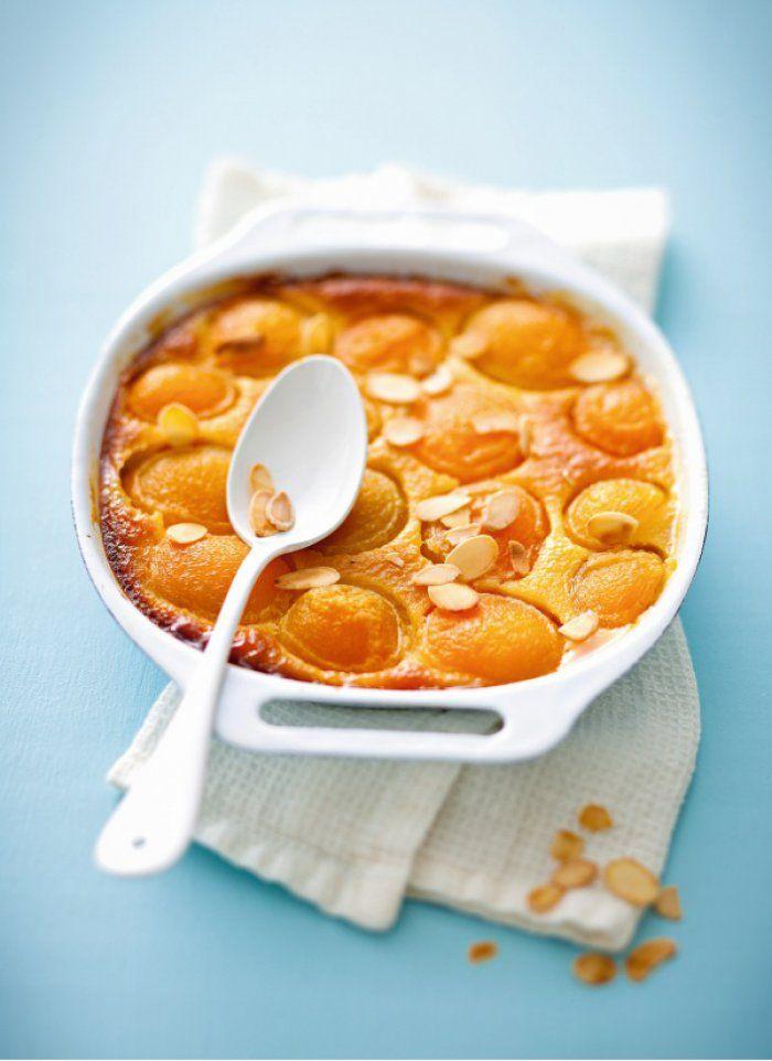 Clafoutis moelleux aux abricots et au lait d'amandes