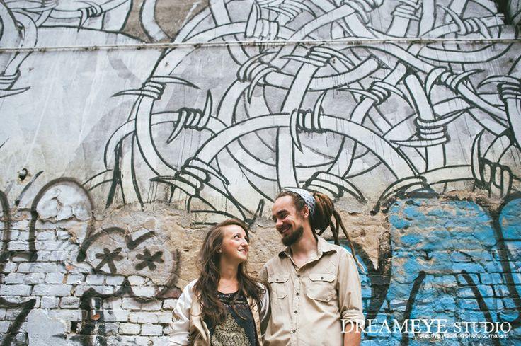 dreameyestudio.pl    #dreameyestudio #blu #graffiti #engagement #backyard #couple #love