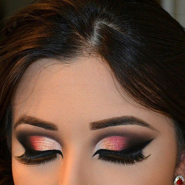 I WILL practice this outlandish makeup in the future! I LOVE the look! Nobody judge me :/