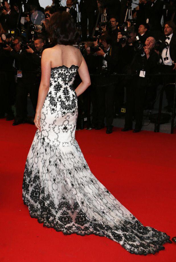 #ElGlamDeCannes2013: Así lucía por detrás el vestido #Vintage  que lució #LanaDelRey en @FdC_officiel