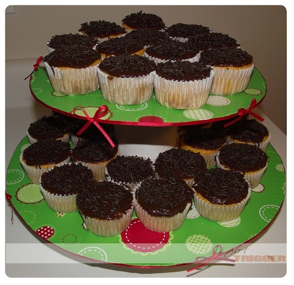 cupcake stand diy-crafts: Cupcake Stands, Stand Diy Crafts, Search