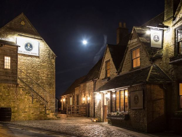 The Royal Oak #pub in #Tetbury offers a relaxed setting for drinking and dining. Image © Ayalem Photography. #Cotswolds