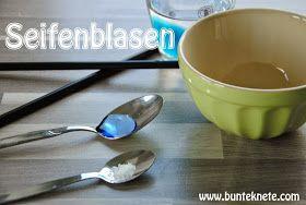 Bunte Knete von Frl. Päng: Seifenblasen - ganz einfache Mittel und riesen Spaß