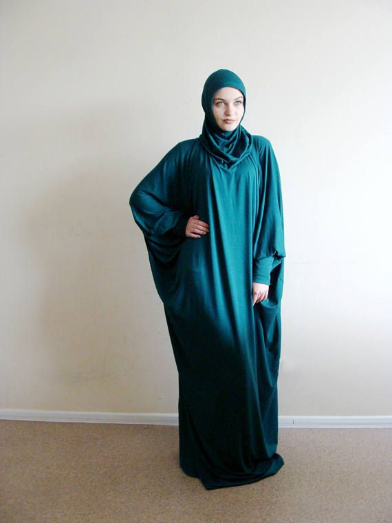 Stylish green elegant and classic dress for prayer or every day wear. This Abaya made of fine knit and is a dress with attached hijab. Of course this dress is comfortable and daily wear and for prayer. All manner of dresses in a couple of seconds covering the head, neck, hands and body. To sleeves sewn cuffs so that you will dont worry about your ourat during prayer or walking. This outfit is sure to appeal to moms because it helps to take a walk in just one minute!We strive to make covered…