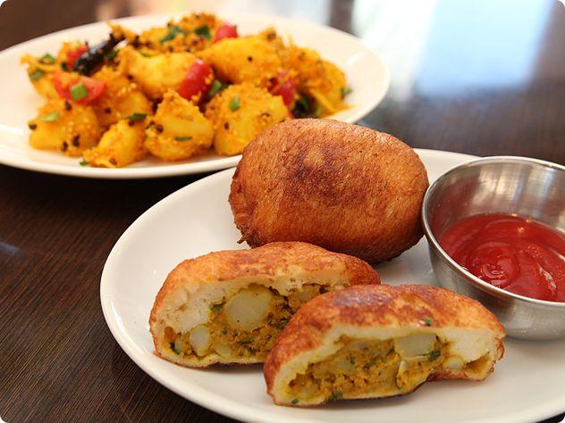 アルロールとアルアチャール(ポテトパンとポテトサラダ)/ネパール|ポテトエアラインズ