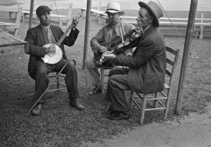 Ben Shahn - Jeeter Gentry Elmer Thompson and Fiddlin Bill Hensley Asheville North Carolina 1937