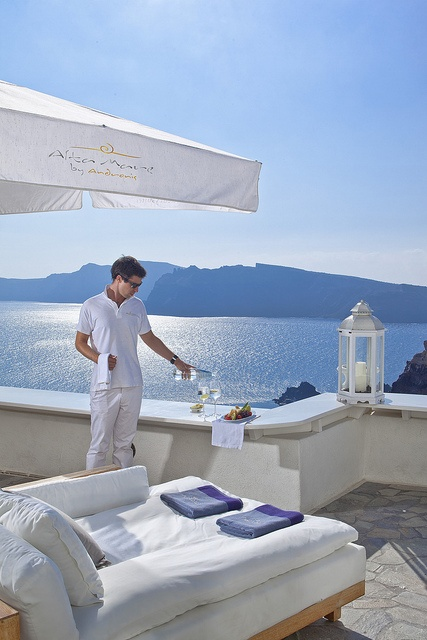 Alta Mare by Andronis --- Royal treatment --- https://www.facebook.com/queenkingtravel