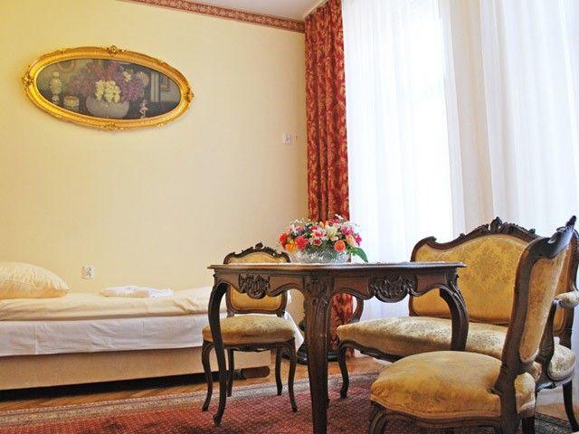 Apartament Wiedeński Kraków, ul.Czerwonego Prądnika 19 http://www.hotel-florian.pl/