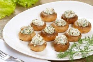 Ciuperci umplute cu ceapa si cascaval - Culinar.ro