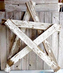 How to Build a Wooden Star Super easy step by step. No saw needed! Reclaimed Wood Star