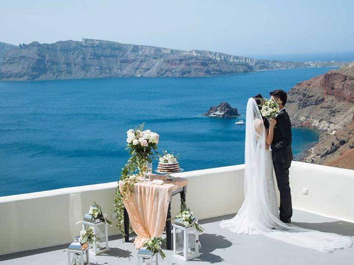 Brinda & Kenny  Canaves Suites, Oia
