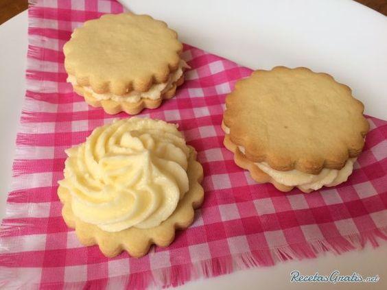 Aprende a preparar galletas con relleno de limón con esta rica y fácil receta. Las galletas rellenas de crema de limón son perfectas para consumir en la merienda o...
