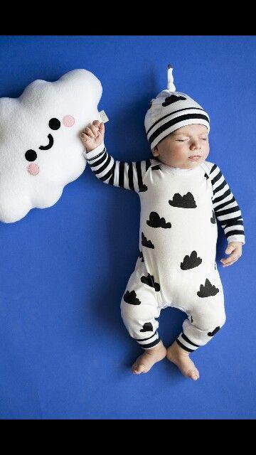 Organic modern baby romper. Black and white. Romper by babynell on etsy. Worn by Leonardo. Photo by Julia Pogodina. Www.dreamingofleonardo.com