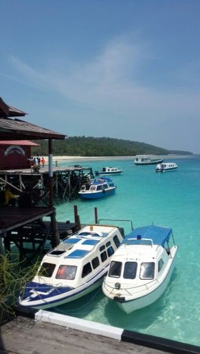derawan island indonesia ,one of mostly beautiful places must  visit
