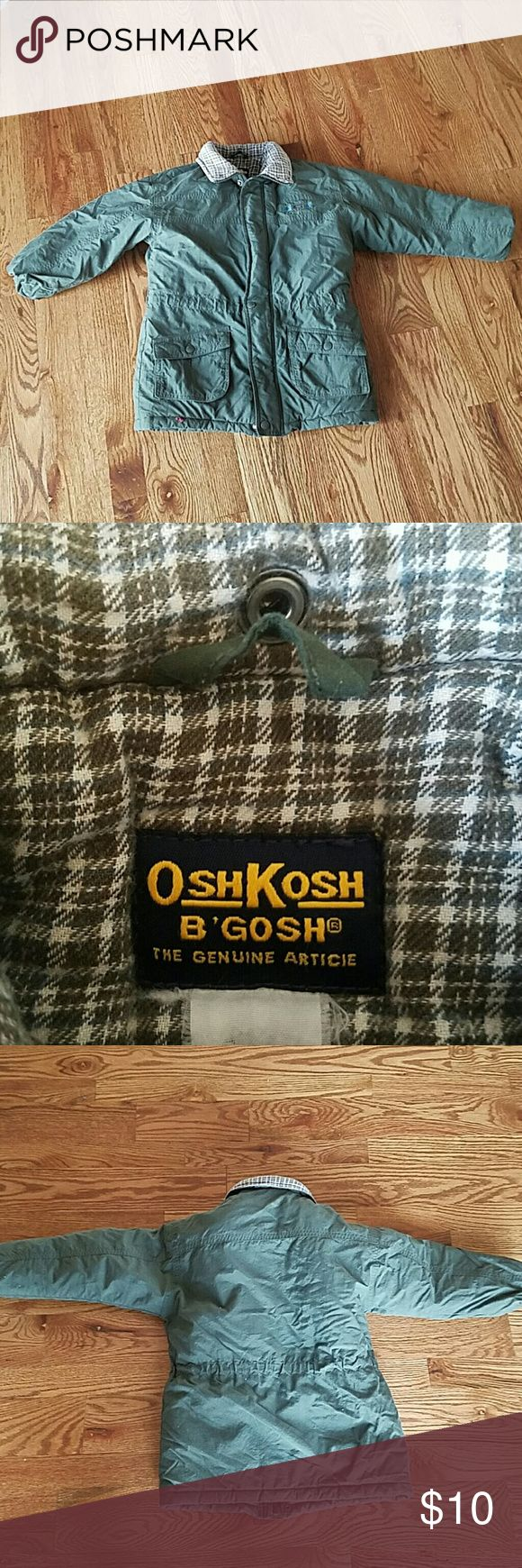 OshKosh Boys Winter Coat Excellent used condition.  Lined with a soft flannel fabric.  Size 6/7 Osh Kosh Jackets & Coats