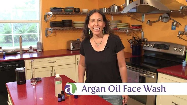 Make your own argan oil face wash to cleanse and nourish your skin without the harsh effects of soap. Perfect for sensitive skin!