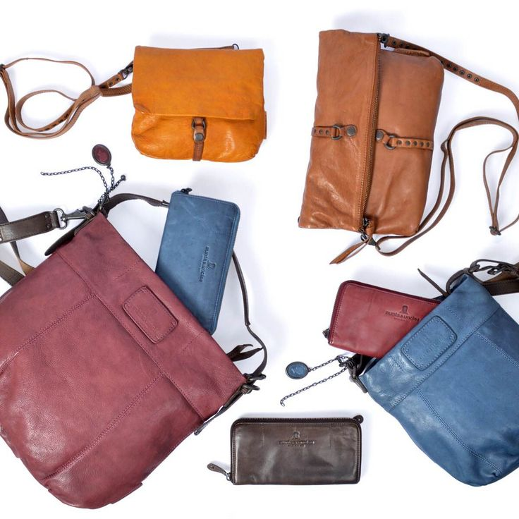 The fall Aunts and Uncles (North America) bags and wallets have arrived! Shop these styles plus many more in-store or online here: http://shop.imeldas.com/brand/AUNTS-AND-UNCLES/