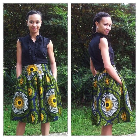 Pleated skirt in African print