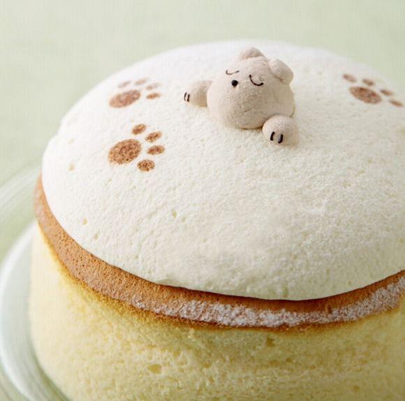 Cheese Cake, BLUE JEAN, Osaka,JAPAN  スフレチーズケーキの中でワンコがすやすや寝てるぅ~!!! 大阪新阪急ホテルにまたまた激烈キュートなスイーツ登場♪