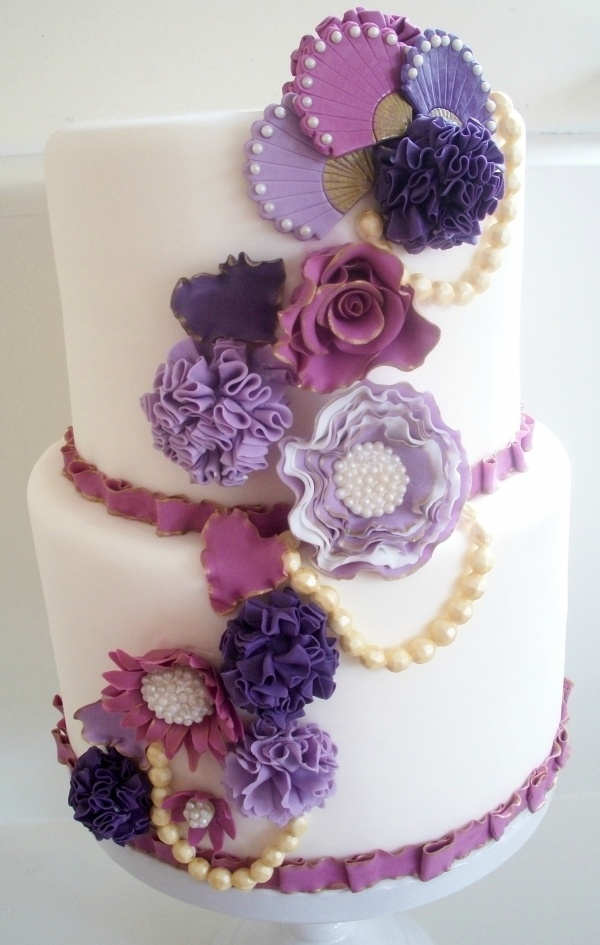 : Cakes Ideas, Pretty Cakes, Purple Flowers, Vintage Cakes, Summer Vintage, Flowers Cakes, Purple Cakes, Cakes Summer, Purple Floral