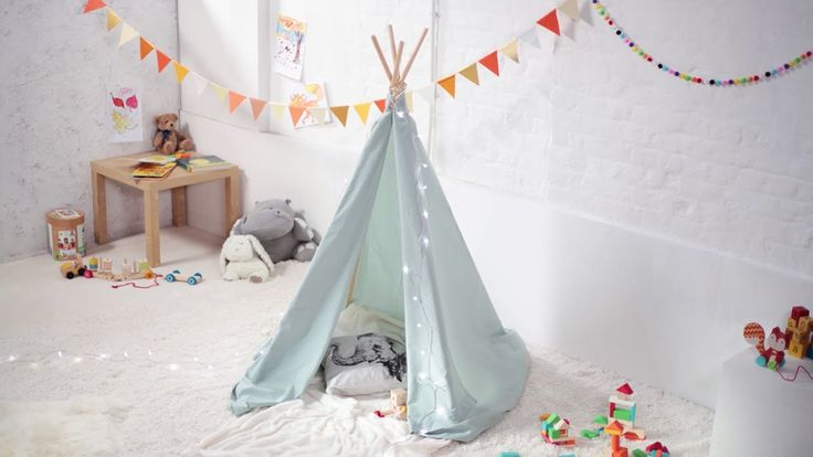 A no-sew quick and easy way to build a cosy den for the kids' bedroom that's perfect for playtime and reading.