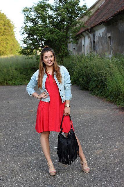 Krásná #francebaby v #reddress