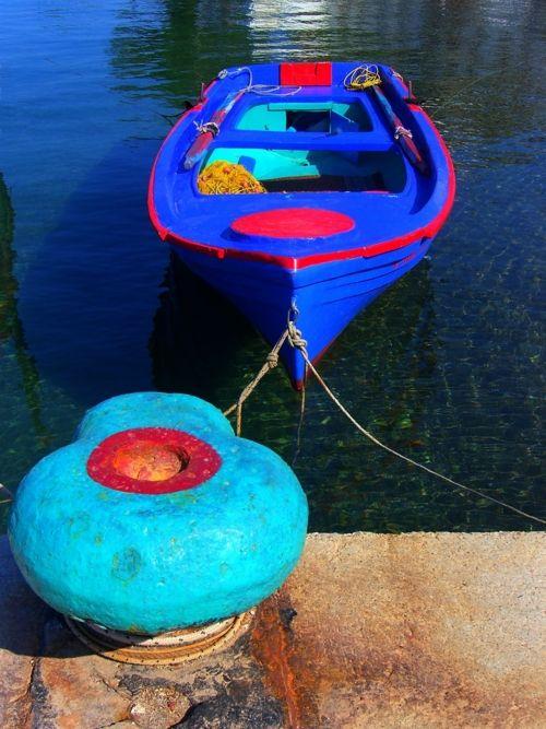 elladaa:    Fishing boat and bollard, Patmos