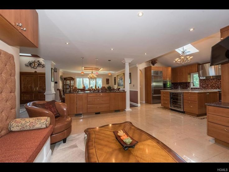 37 Pheasant Run Rd, Pleasantville, NY 10570 - Photo 8 of 30 - not design but arrangement of rooms