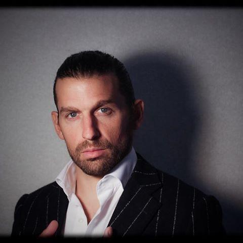 New Look.   #suit #italian #model #zoolander #photooftheday