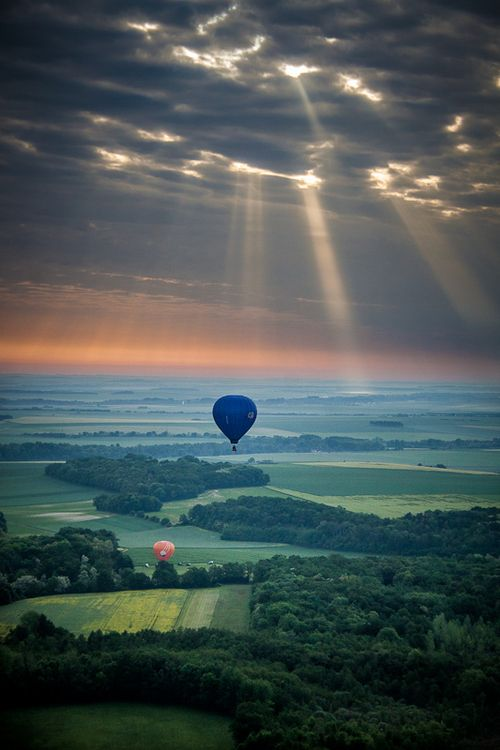-- To where next? -- Can you really change the direction? -- We don't need to change it. ✯ Balloon Ride