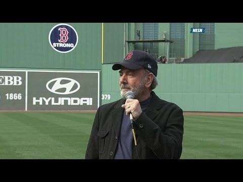 """Neil Diamond sings """"Sweet Caroline"""" at Fenway Park during the first game there since the Boston bombings. <3!!! #BostonStrong"""