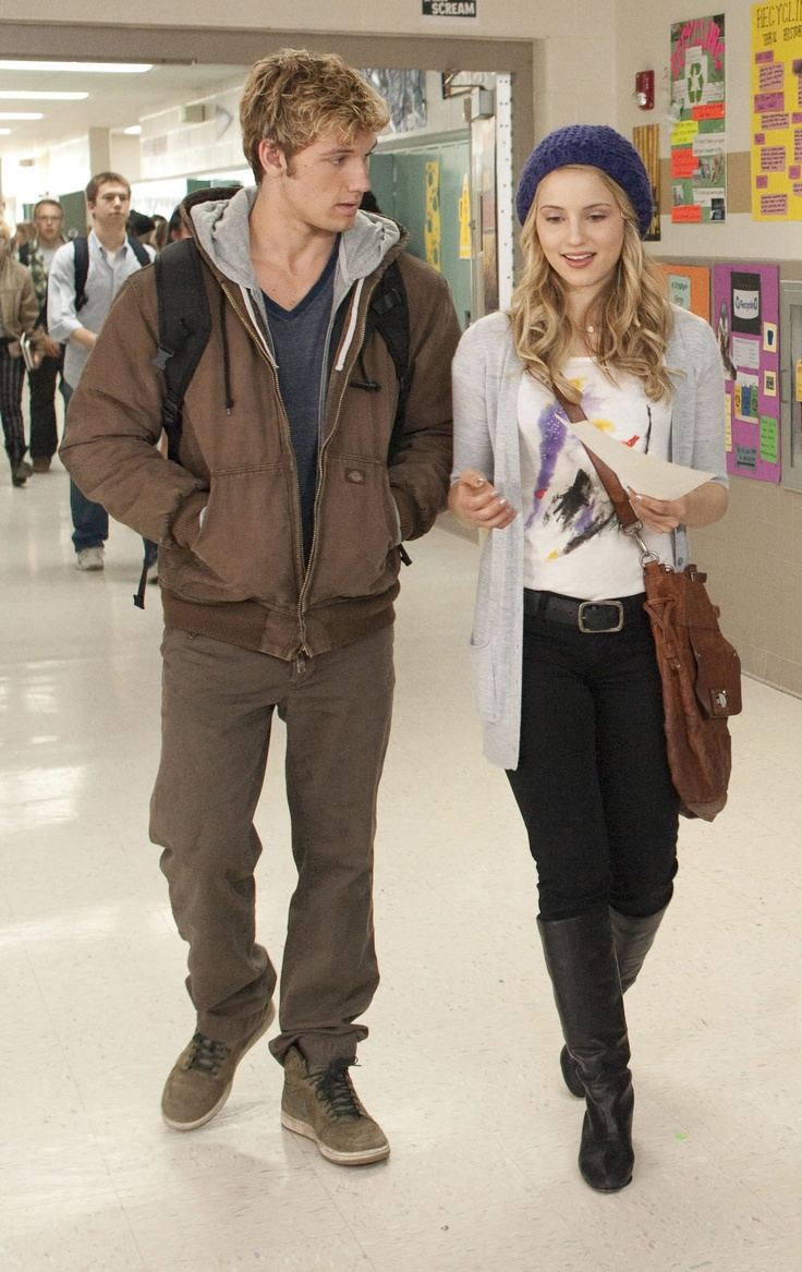 I love the bag the character Sarah uses throughout the ... I Am Number Four Movie Sarah