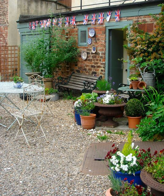 17 Best Images About Courtyard Gardens On Pinterest