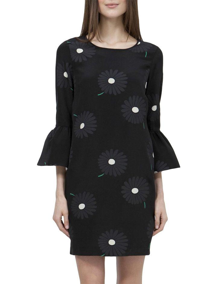 COUNTRY ROAD daisy print dress (R1,800)