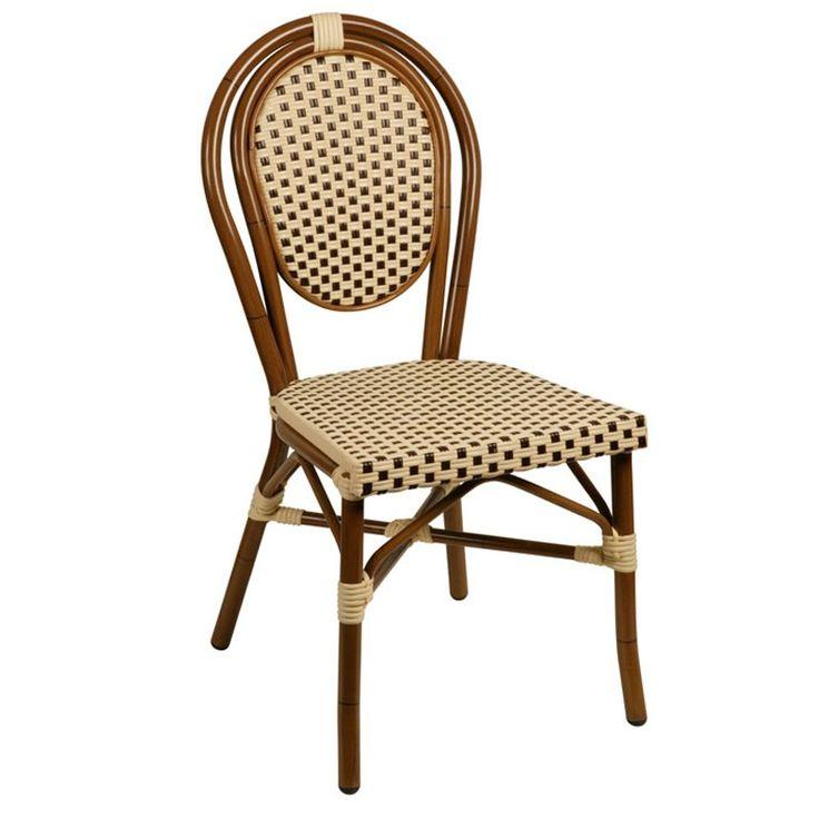 Designul deosebit al scaunul Lucca va permite sa amenajati terasa sau gradina de vara intr-un mod cu adevarat original si neconventional.Datorita structurii din aluminiu si impletiturii de ratan sintetic din care este realizat, Lucca reprezinta un scaun rezistent la trafic intens, intemperii si raze UV.