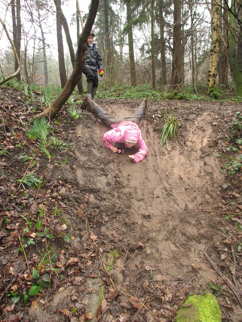 The forward slither by Treecreepers Forest School, via Flickr