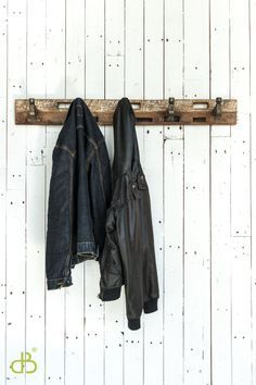 Such a cool industrial look...hammer heads as hooks!