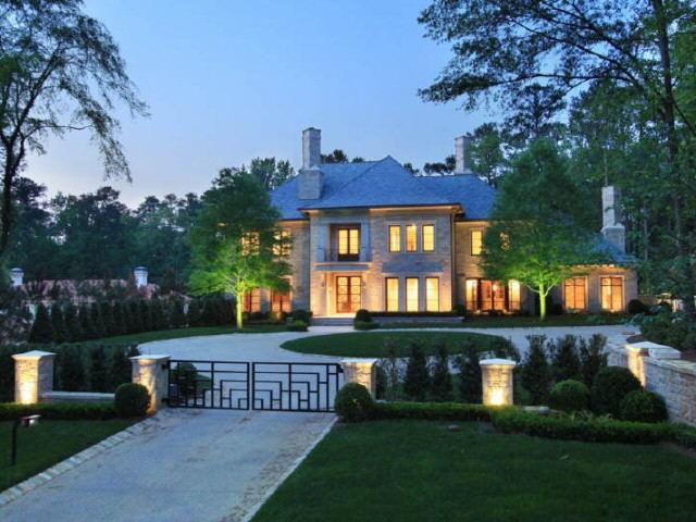 the 25 best atlanta mansions ideas on pinterest luxury homes exterior mediterranean cribs. Black Bedroom Furniture Sets. Home Design Ideas