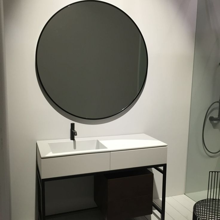 Our new MILANO collection by CIELO is a big success: design precision and a style approach for optimal ease of use! #bathroom #ceramic #SaloneDelMobile #design #interiordesign #inspiration #decor #Cielo #HandMadeinItaly