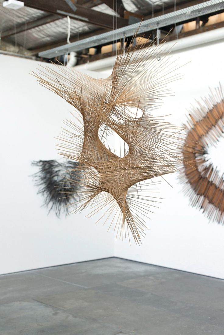 Tracey Deep_Floral Sculptures_09